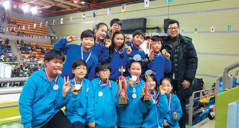 대한민국 학생 창의력 올림피아드에서 수상한 경복초 학생들.