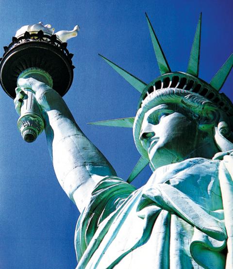 미국의 상징인 자유의 여신상.
