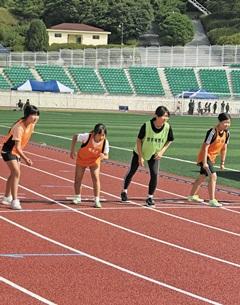 2018 동두천·양주 육상 꿈나무 선발대회에 참여한 학생들.
