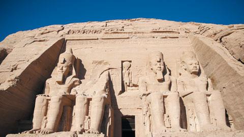 아부심벨의 람세스 2세 대신전.